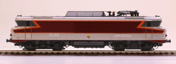 LS Models 10487S  Electric locomotive BB 15000, SNCF (DCC w/Sound)