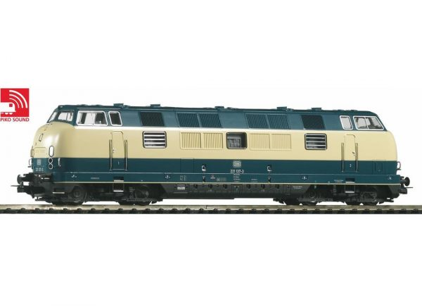 Piko 52604  Diesel locomotive BR 221, DB (DCC w/Sound)