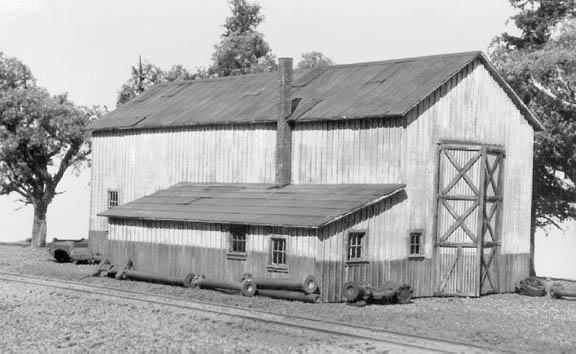 American Model Builders 708  Single Stall Engine House