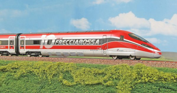 ACME 70204 10 Year Frecciarossa 1000 High Speed Train Set