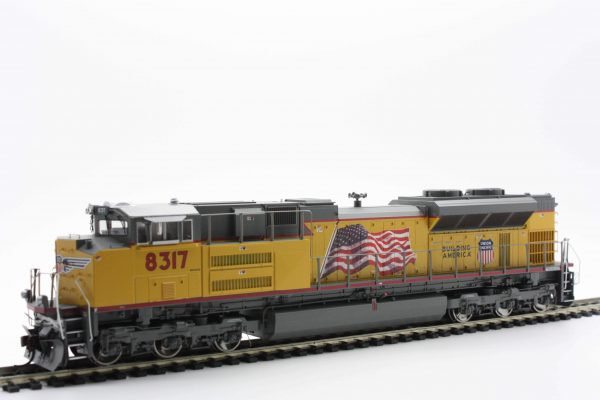 Athearn Genesis G68661  HO SD70ACe w/DCC & Sound, UP/Red Sill Stripe #8317