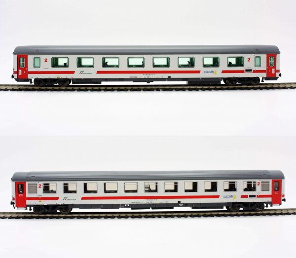 "ACME 55196  2 Passenger coaches of Trenitalia ""Intercity Day"""