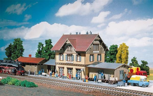 "Faller 2107  Train Station ""GUGLINGEN"""