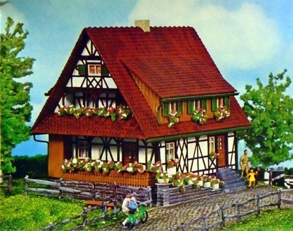 Faller 272 Half-Timbered House