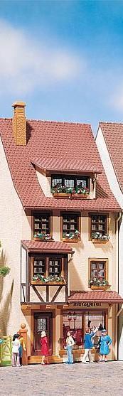 Faller 419  Town House
