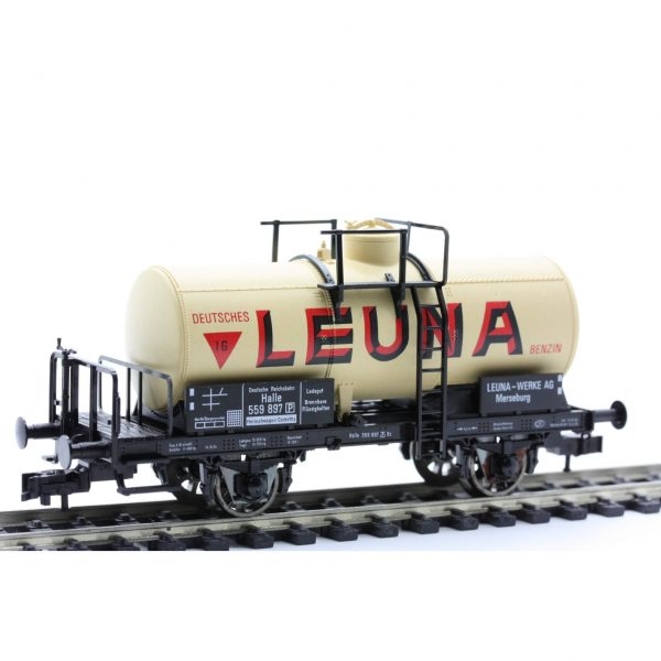 "Fleischmann 5420  Tank wagon ""Leuna"" w/ brakeman's cab, DRG"