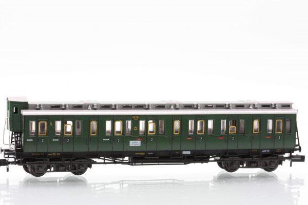 Fleischmann 8085  2nd class compartment car type B4 Pr04, DRG