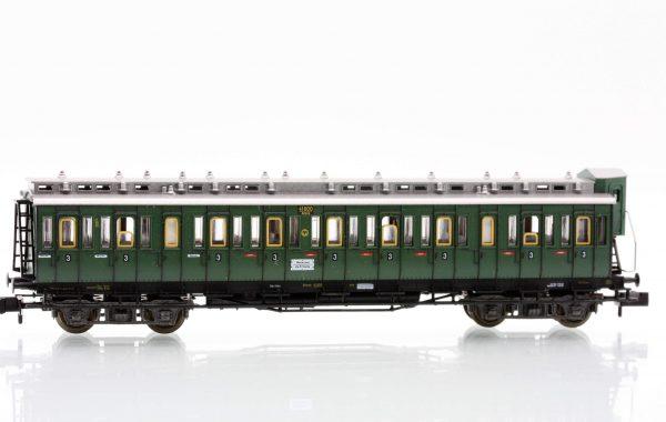 Fleischmann 8086  3rd class compartment car type C4 Pr04, DRG