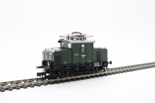 Fleischmann 430072 Electric Locomotive E69 05, DRB (DCC w/Sound)