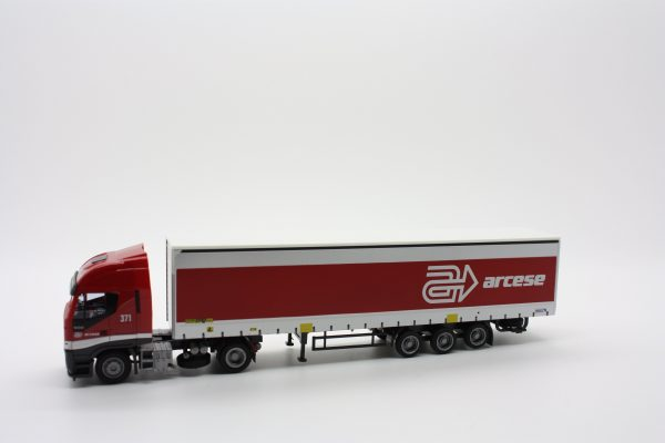 "Kombimodell 10350.01  Iveco Truck and Curtainside Trailer ""ARCESE"""