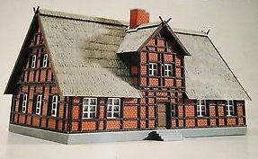 Kibri 7316  Half Timbered Brick House