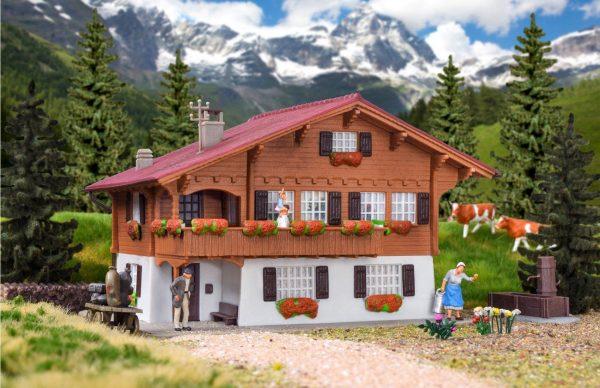 Kibri 8040  Chalet in Brienz