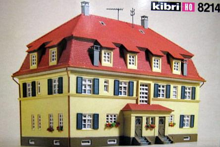 Kibri 8214  Semi-Detached Home