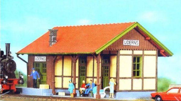 "Pola 803  Train Station ""UDERNS"""