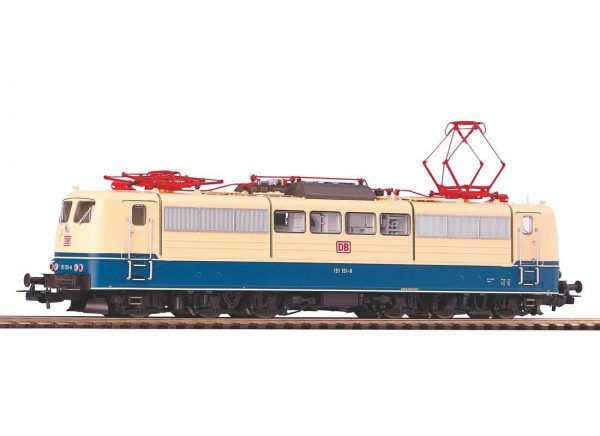 Piko 51302  Electric locomotive BR 151 of the DB AG