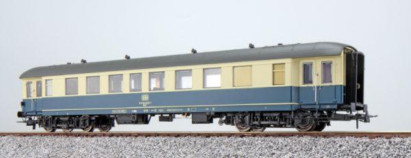 ESU 36154   Passenger coach, DB