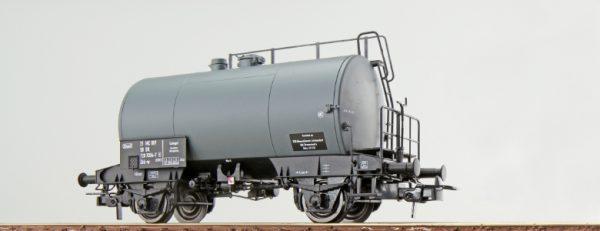 ESU 36211  Tank car, DR