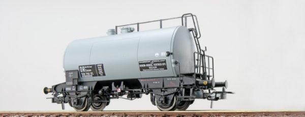 """ESU 36228  Tank car """"BRIT-US-ZONE"""", DB"""
