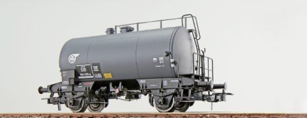 """ESU 36233  Tank car """"VTG"""", DB"""