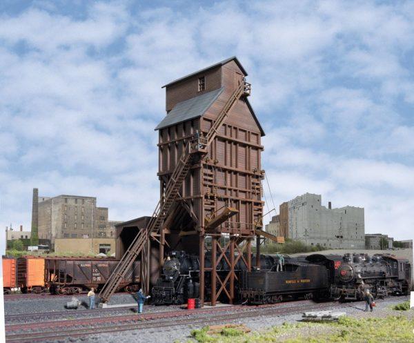 Walthers Cornerstone 2922   Wood Coaling Tower