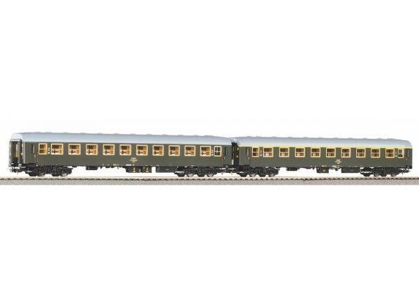 Piko 58389  2 piece set: Passenger Coaches 111A + 112A, PKP