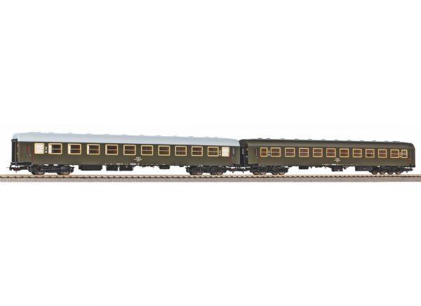Piko 58390  2 piece set: Passenger Coaches 111A, PKP