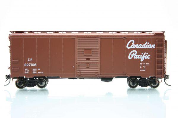 InterMountain Railway 45837-01    Mod. 1937 AAR Boxcar, CP