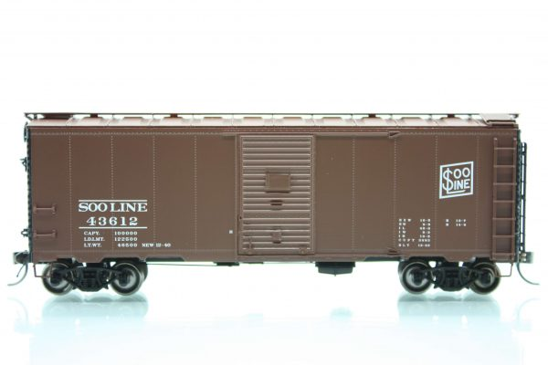 InterMountain Railway 45843-01    Mod. 1937 AAR Boxcar, Soo Line