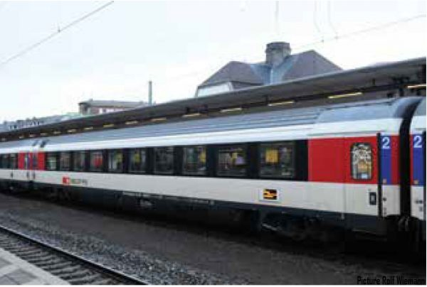 LS Models 47374  2nd class passenger car, SBB