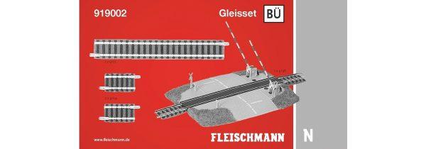 Fleischmann 919002  N scale track set w/level crossing
