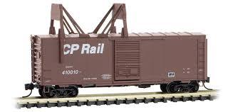 Micro Trains 07300270   40' Boxcar with ice breaker, CP Rail